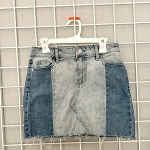 Color block denim mini skirt